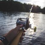 Dokonalý dárek pro rybáře? Rybářské trička ze 100% bavlny